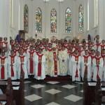Foto bersama para Romo bersama Bapak Uskup dok. Paroki Herkulanus - Depok
