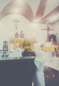 Salib ditahtakan di Ratahant