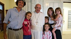 paus dan keluarga